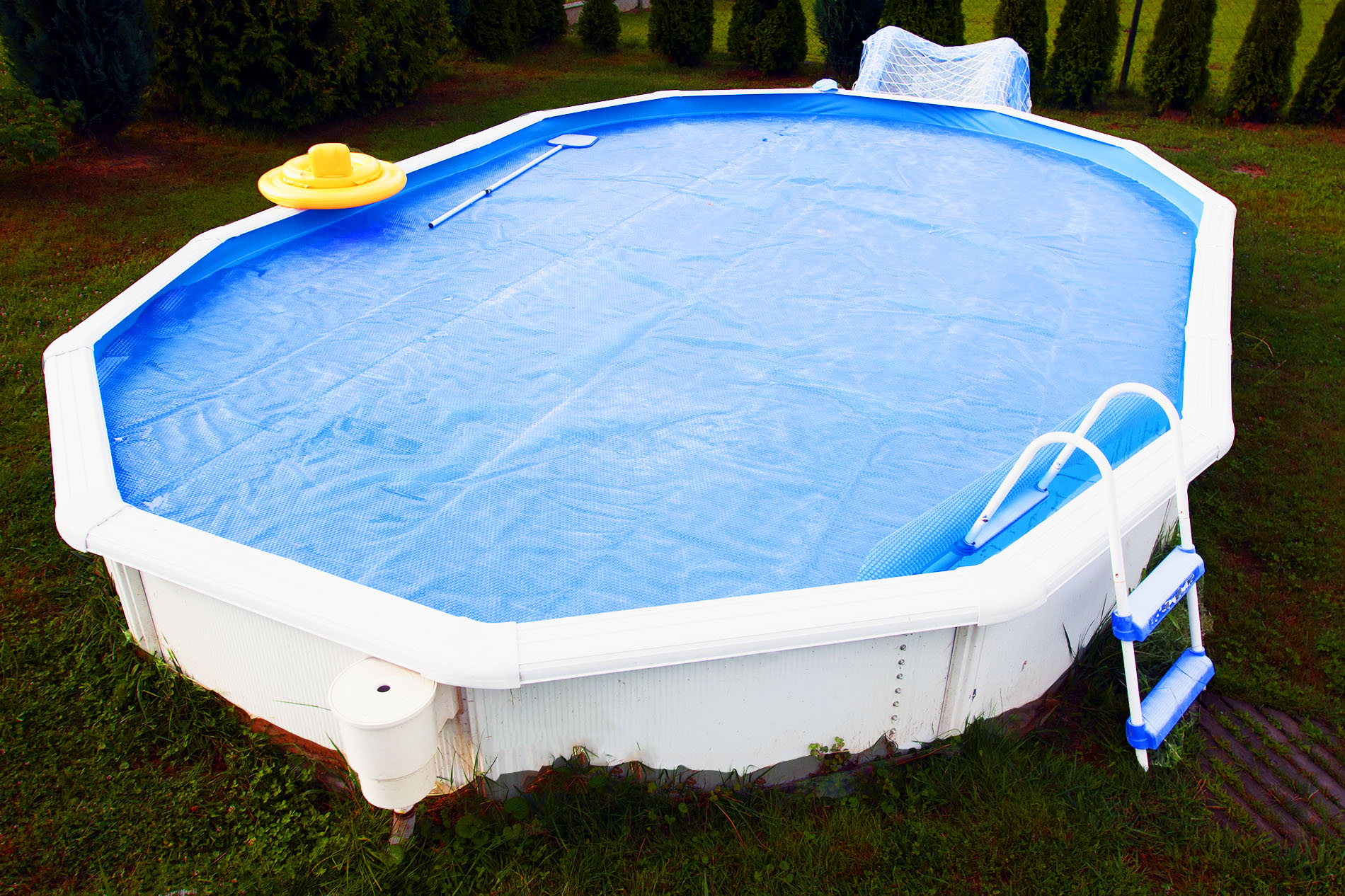 aboveground-pool-closing-liner
